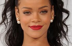 Rihanna Will Receive 2016 Michael Jackson Video Vanguard Award