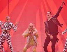 VMA 2016 - Britney Spears - Make Me... ft G Eazy (Performnce)