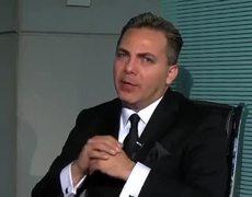 La Entrevista por Adela.- Cristian Castro