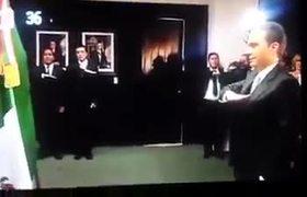 Estúpida Mi Bandera Idiota - Manuel Velasco GRITO Independencia 2016