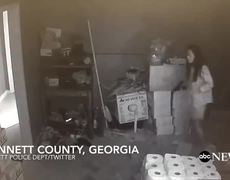 #CCTV: Woman pulls shot from home to 3 thieves in Georgia
