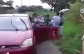 #VIDEO - Sicarios matan a joven y su familia recoge el cuerpo en Veracruz