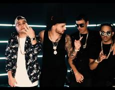 Maluma ft. Noriel, Bryant Myers, Juhn - Cuatro Babys (Official Video)