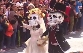 Mexico City holds its first James Bond-inspired Day of the Dead parade