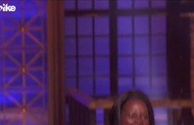 Battle with Lupita Nyong'o and Regina Hall | Lip Sync Battle