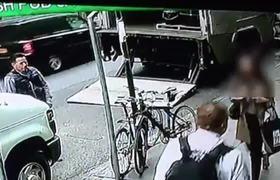 Thief Steals Bucket of Gold Worth $1.6M