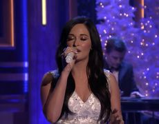 Kacey Musgraves: Present Without a Bow (LIVE)
