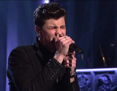 Shawn Mendes - Mercy (Live On SNL)