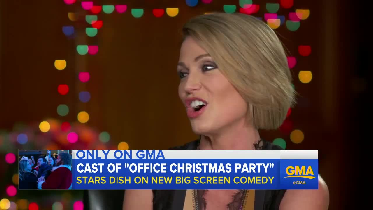 Office Christmas Party - Full Cast Interview with Jennifer Aniston ...