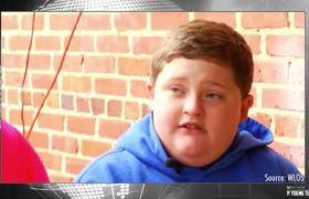 Real Life BAD SANTA Calls Kid Fat