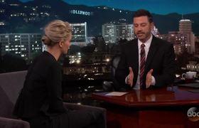 Interview - Jennifer Lawrence Apologizes a Lot