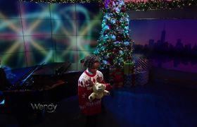 Wendy Williams - Bobbi MacKenzie Performs
