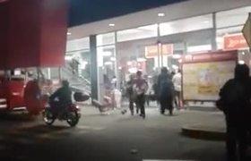#VIDEO - Así comenzó saqueo en Chedraui de Atizapan