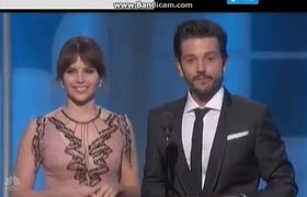 Diego Luna Speaks Spanish At The Golden Globes