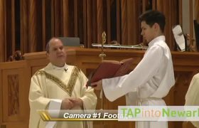 #VIDEO - Man assaults Bishop during Mass in New Jersey