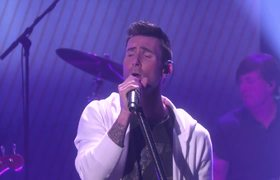 Maroon 5 - Cold (Live From The Ellen DeGeneres Show)