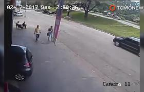 #ViralVideo - Hombre Golpeado por llanta en Brasil