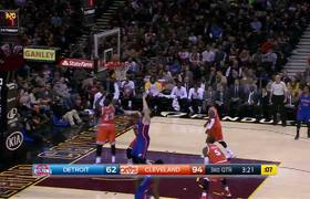 #NBA - LeBron James Helps Out Kyrie Irving!