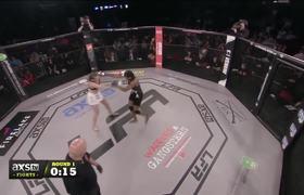 Knockout en la cabeza de Sabina Mazo