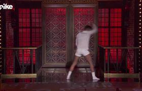 Lip Sync Battle: Ricky Martin performs