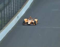Fernando Alonso kills two birds during Indy 500