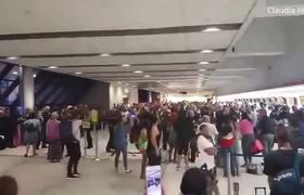 #VIDEO: Spirit Airlines Passengers Riot at Fort Lauderdale Airport Over Canceled Flights