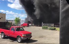 #RAWVideo: Plane crash near Teterboro Airport in Carlstadt