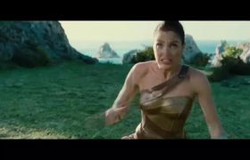 WONDER WOMAN TV Spot #11 - Queen (2017)