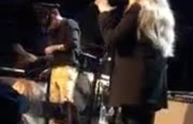 Harry Styles started crying while performing with Stevie Nicks