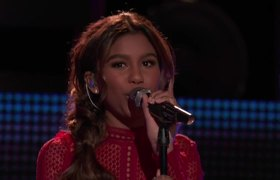 The Voice 2017 Aliyah Moulden and Blake Shelton - Finale: