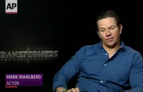 Wahlberg's wire stunts: 'I hate it'