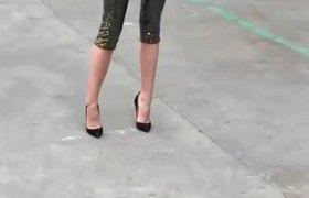 Celebridades asisten al mas reciente desfile de modas de Chanel