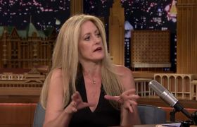 Author Julie Klam Went to Therapy for Jennifer Aniston's Breakup with Brad Pitt