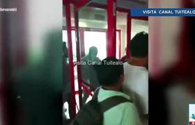 Sujeto golpea a empleados de pizzería en Nuevo León