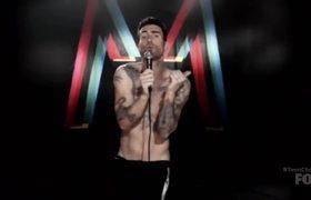 Maroon 5 Receives Decade Award - Teen Choice 2017
