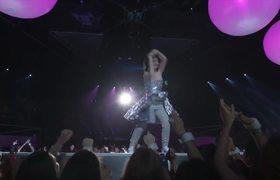 2017 VMAs - Lorde Performs 'Homemade Dynamite'