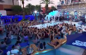 2017 VMAs - Demi Lovato Performs 'Sorry Not Sorry' |