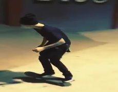 Justin Bieber falls off the skateboard