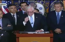 Democrats call for urgent aid for Puerto Rico