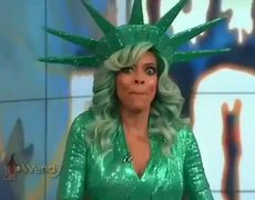 Wendy Williams passed out on LIVE