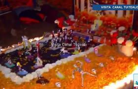 Decoran los panteones por Día de Muertos en Pátzcuaro