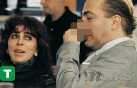 Cristian se rasca lo más profundo de la nariz¡frente a Verónica Castro!