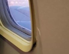 #VIRAL: Passenger opens the airplane window during flight