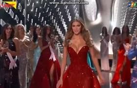 Miss Universe 2017: Iris Mittenaere's Final Walk