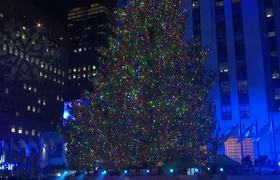 Stars light up Rockefeller tree