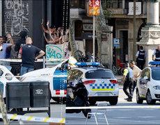 Impactantes imágenes del atentado en Barcelona