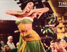 How Belly Dancing Scandalized and Charmed America