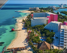 Cancun Is Offering The Best Job EVER!