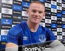 Wayne Rooney Makes His Way Back Home