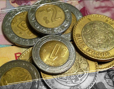 Mexican Peso Increases Value